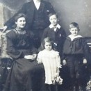 Photo:James Stein with his wife and children, John, James and Jean.  c.1906.